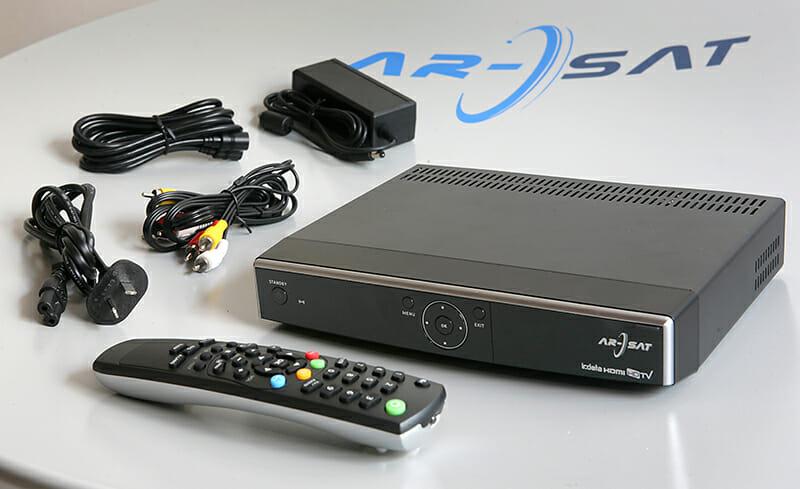 Como instalar y configurar el kit satelital y el decodificador de la TV publica de Arsat