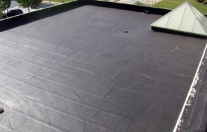 Colocacion de membrana asfaltica geotextil